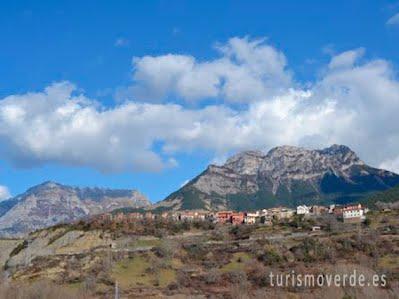 TURISMO VERDE HUESCA.  Vistas de Laspuña y Peña Montañesa
